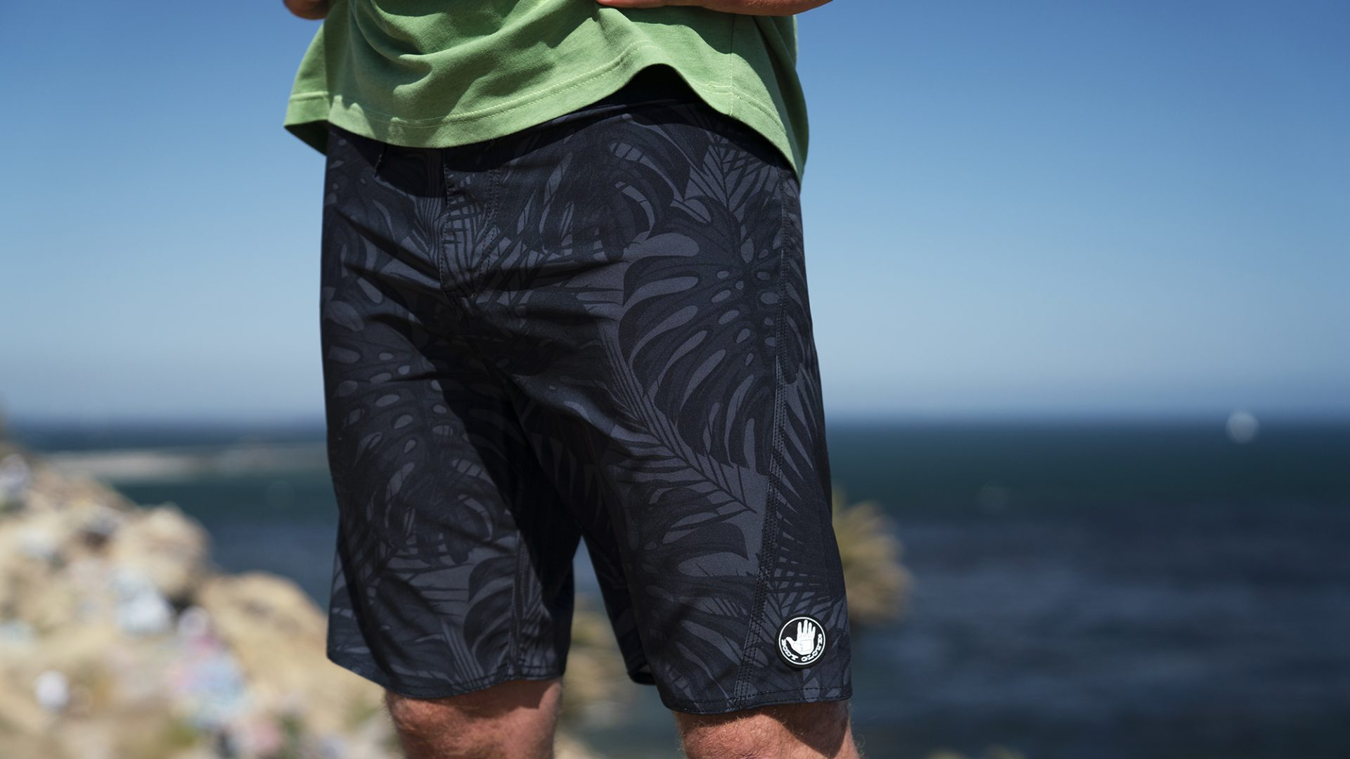 BGA Mens Monstera Boardshort Black Palm