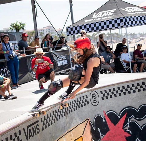 Dora Varella. Photo by @ianloganphoto at Vans Continental Championships in Huntington Beach