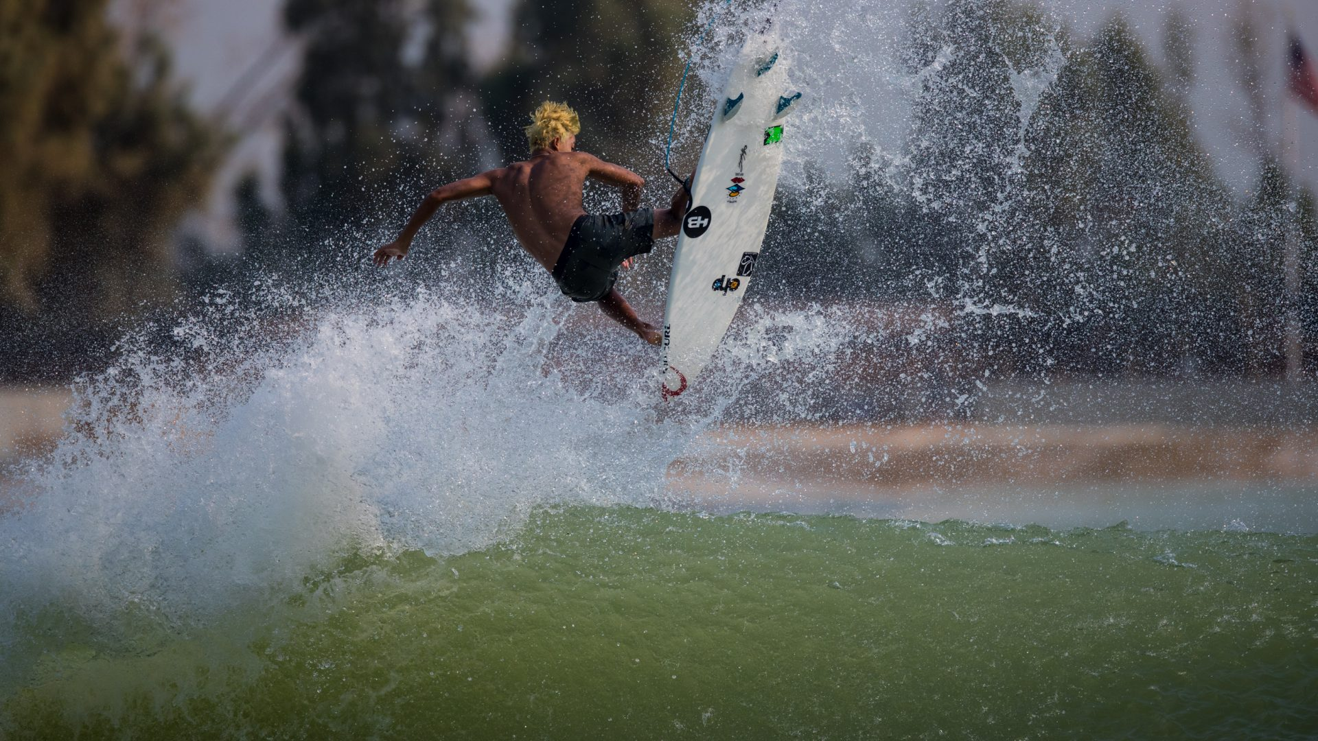 QS_YG_SURF_Sammy_Pupo_Heywood-2568