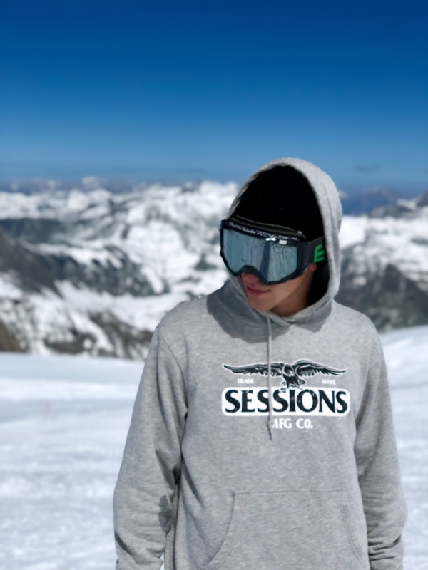 Sessions Announces Addition Of Snowboarder Ethan Morgan To the Team