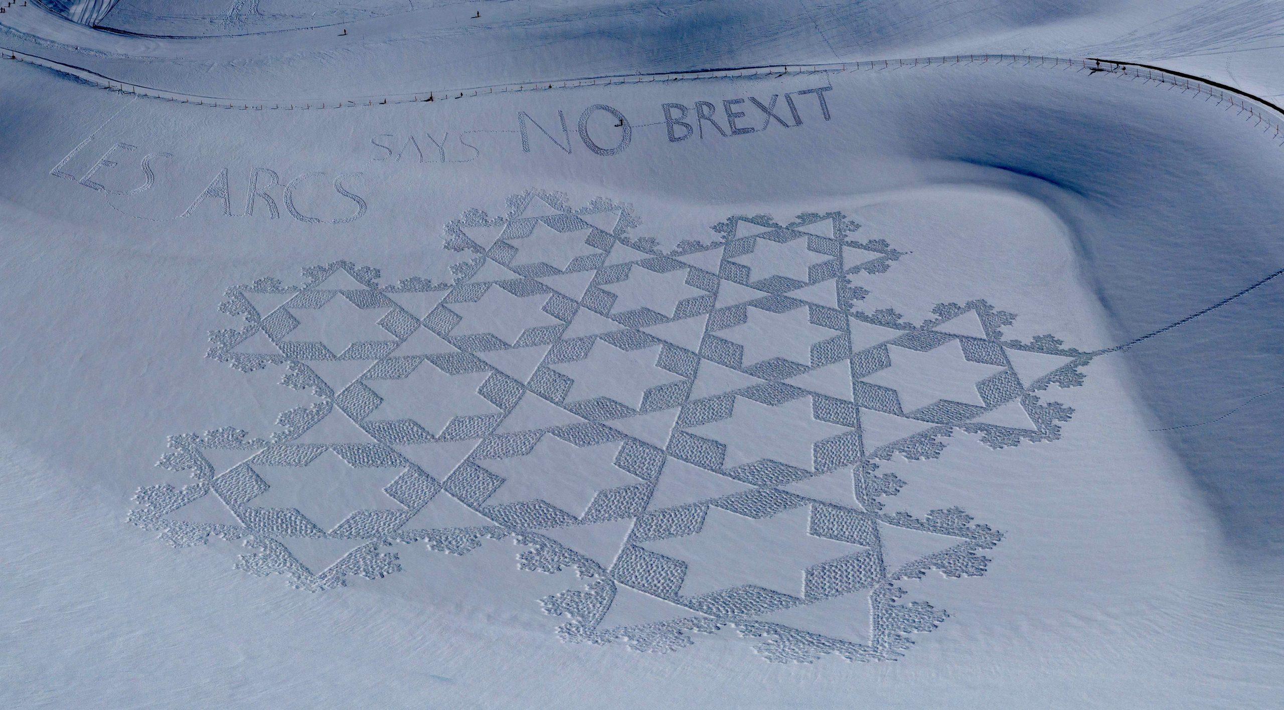 Les Arcs says no to Brexit_Simon Beck photo