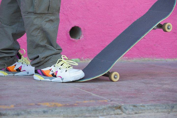éS SYMBOL Skate Shoes