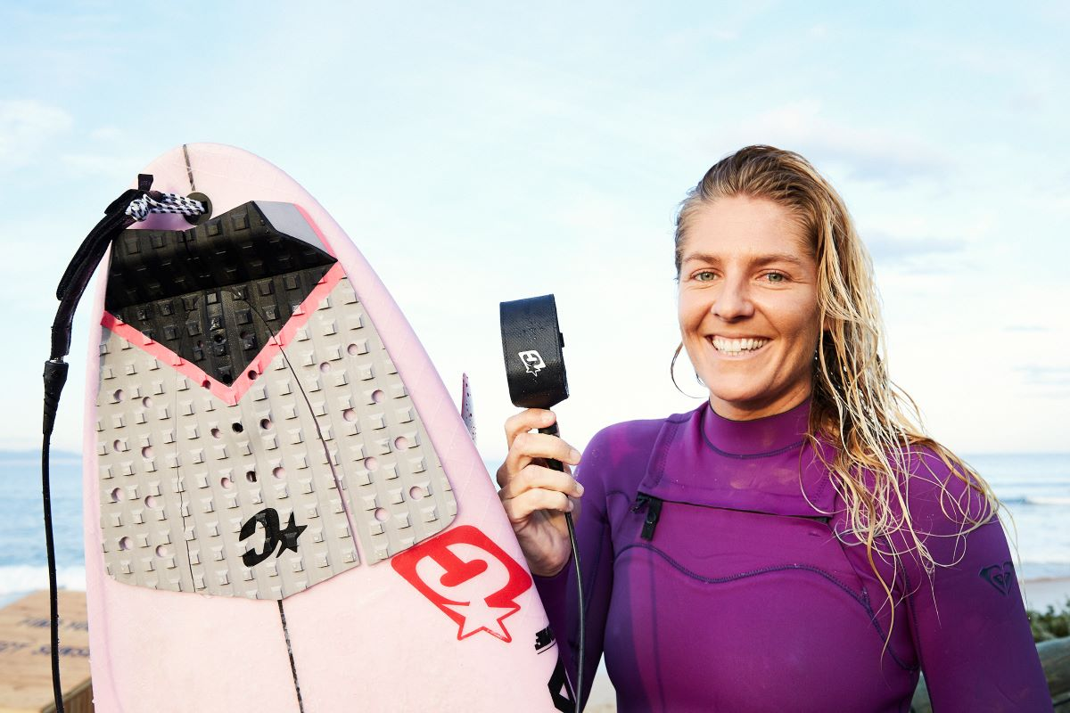 Steph Gilmore signs with Creatures of Leisure surf.docx