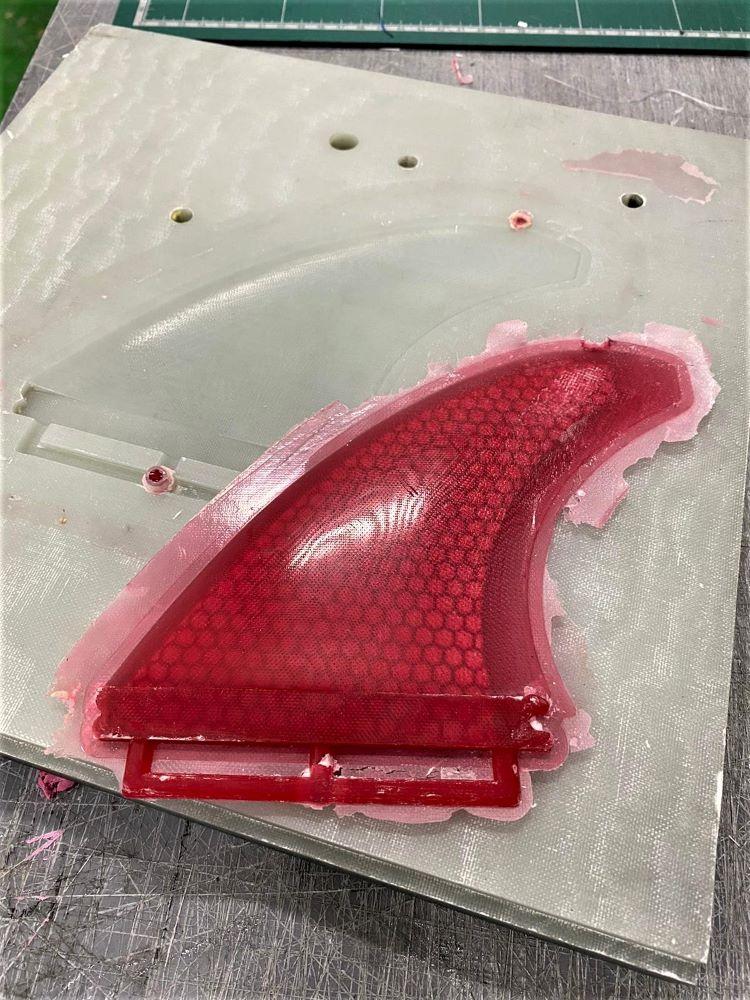 Cobra fin