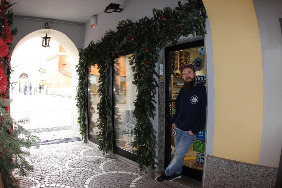 A Criminal G, Arona, Italy – Retailer Profile