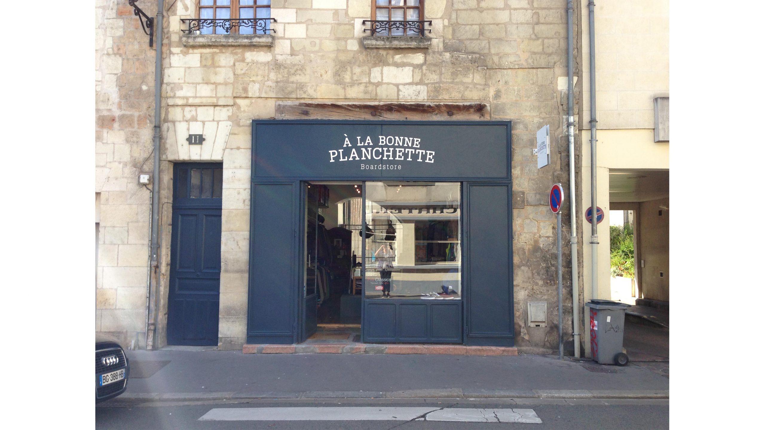 Tours shop