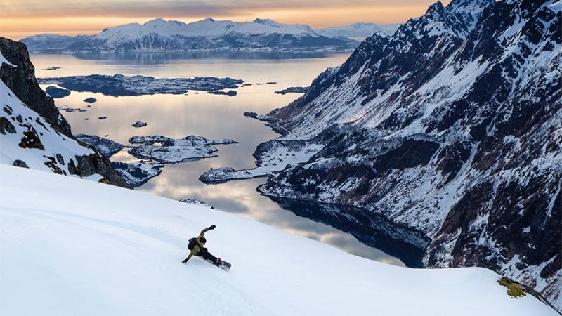 Nitro Snowboards Offline Teaser Snowboarding Movie