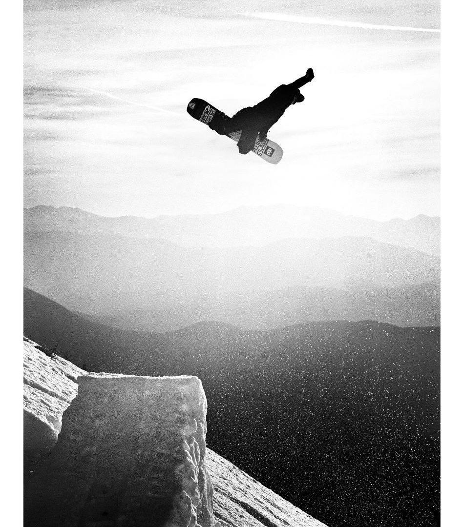 Snowboarding in Greece