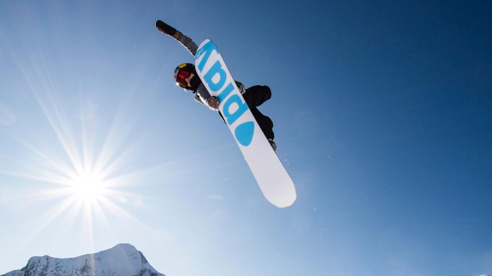 Play FW20/21 Snowboard Preview