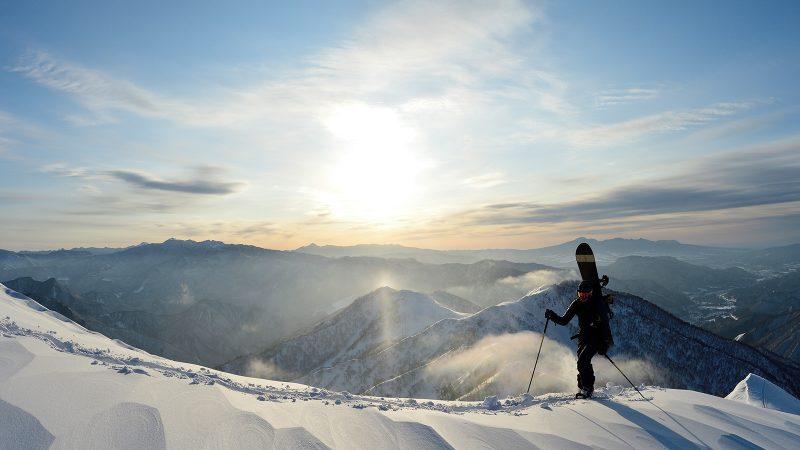 T.J Brand FW20/21 Snowboard