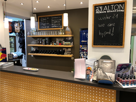 Alton Shop coffee bar