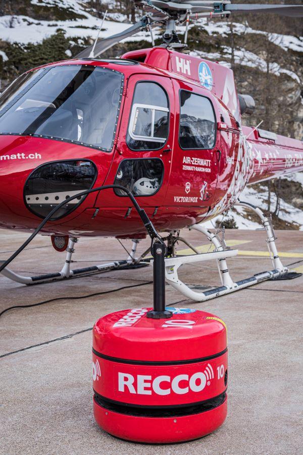 RECCO SAR helicopter detector