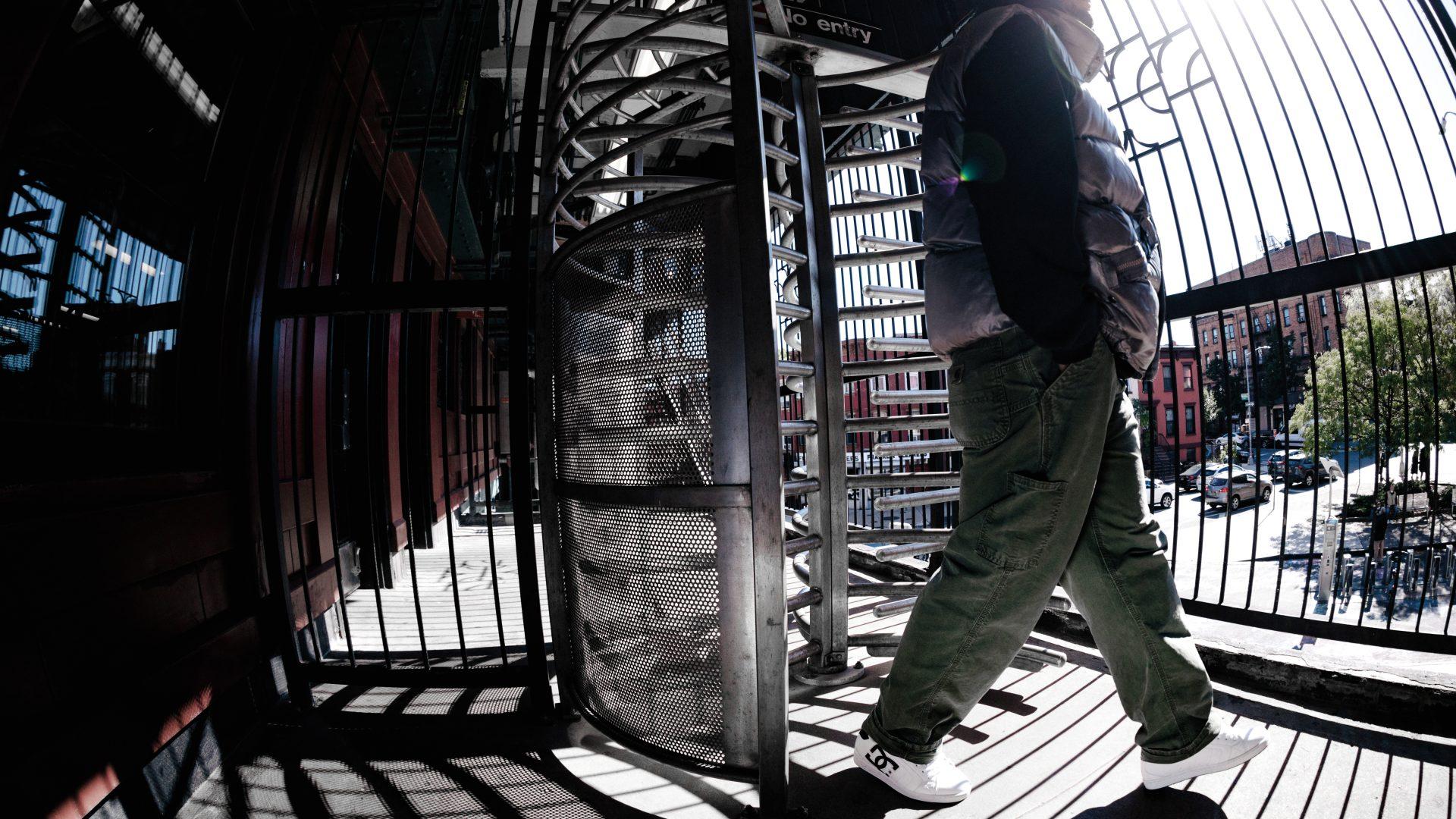 DC-Mens-Essentials-NYCFall2020-Heikkila_007