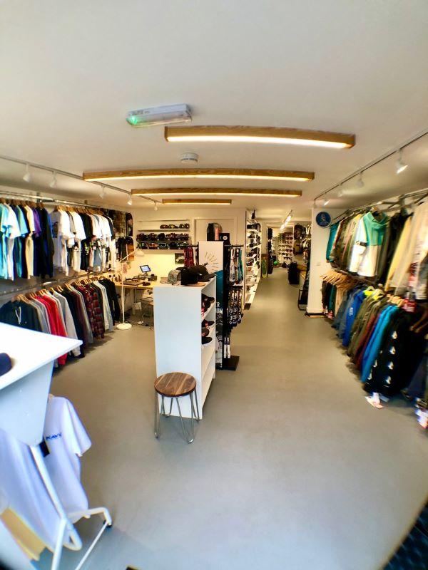 Boarderline Store
