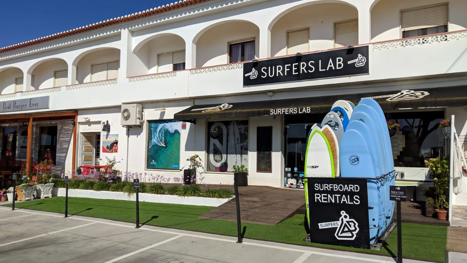 Surfers Lab store front
