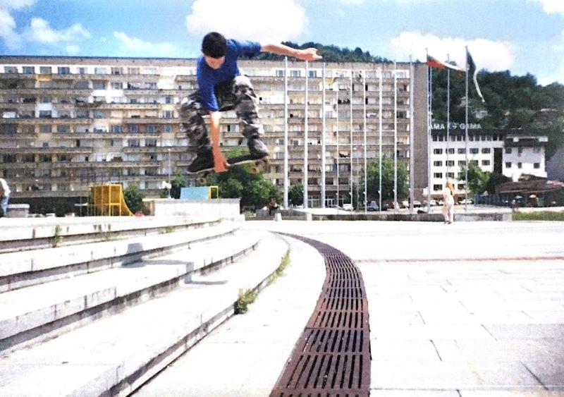 Dimo Petkov skateboarding in 1996. Photo by Risto